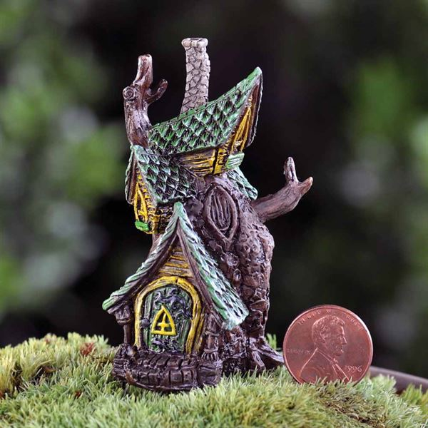6cm high fairy home for indoor or outside use, made by Fiddlehead